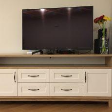 Komodos/TV staliukai